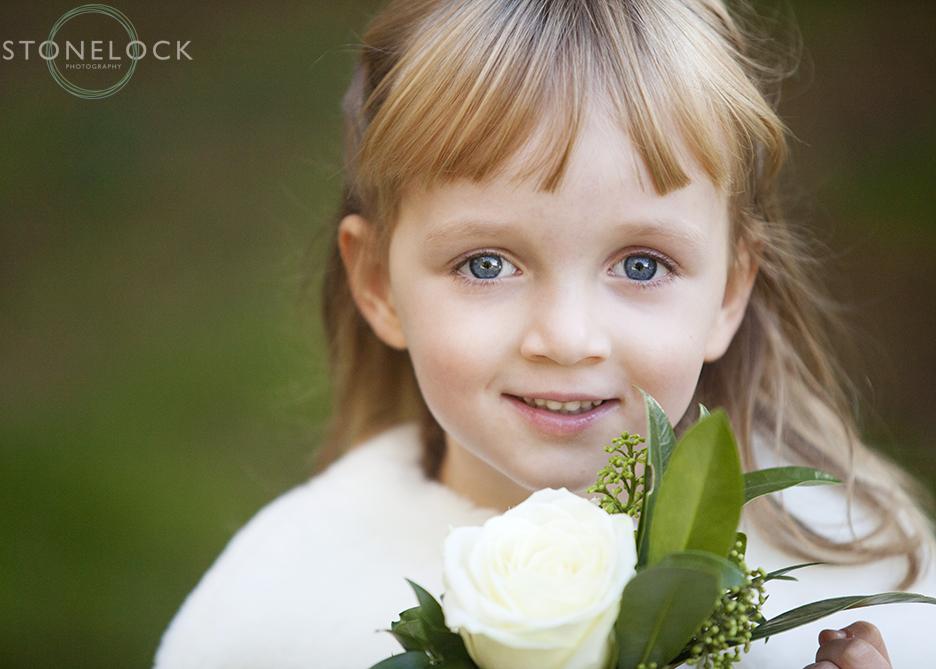 wedding-photography-cute-flower-girl-009