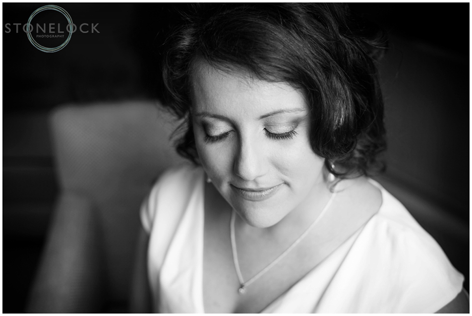 A beautiful black & white bridal portrait