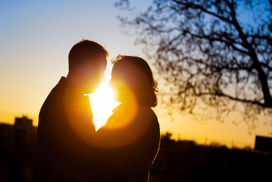 Golden hour Engagement photo shoot in Finsbury Park North London
