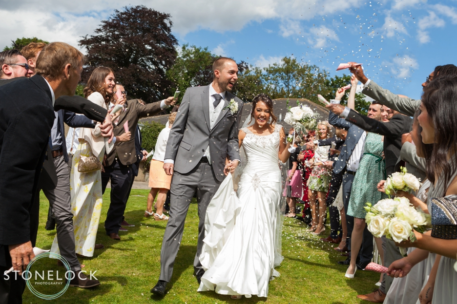 A Guide to Your Wedding Day Timeline: Confetti