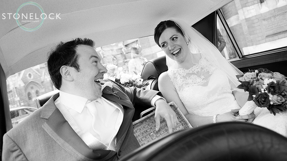A Guide to Your Wedding Day Timeline: The Bride & Groom in the Wedding car