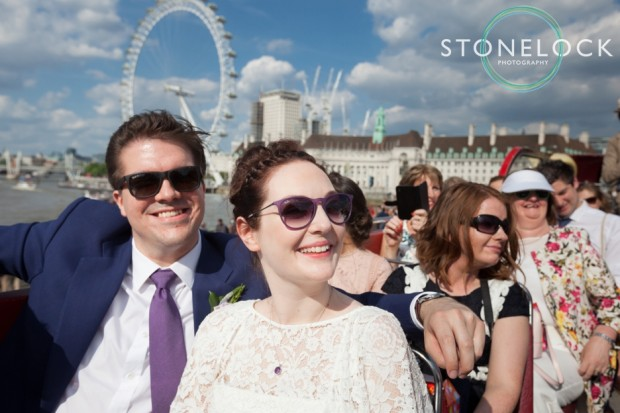 27-london-wedding-photography-bus-tour-of-the-city