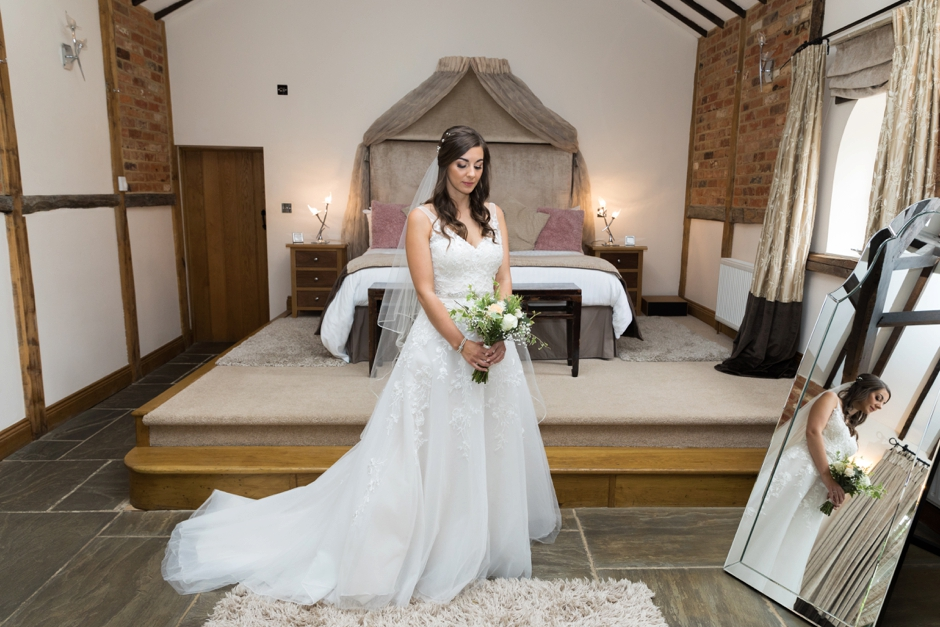 015-rivervale-barn-hampshire-wedding-photography-bride-getting-ready