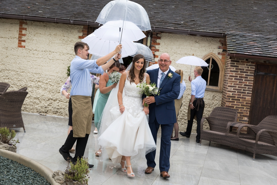 021-rivervale-barn-hampshire-wedding-photography-ceremony