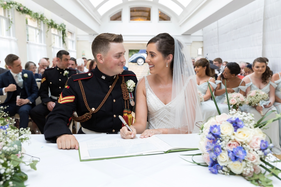 27-pembroke-lodge-richmond-park-london-wedding-photography-ceremony-vows